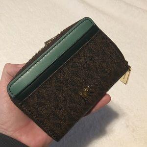 Michael Kors Money pieces zip coin card case